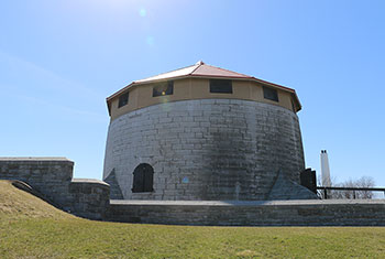 Exterior photo of the Murney Martello Tower in Kingston, Ontario